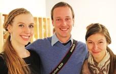Nick Moen (center)